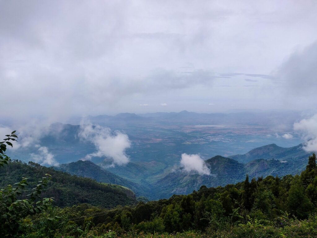 view from kodaikanal, best for trekking