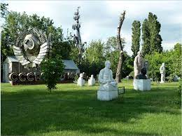 Art in Moscow - gallivant.co.in